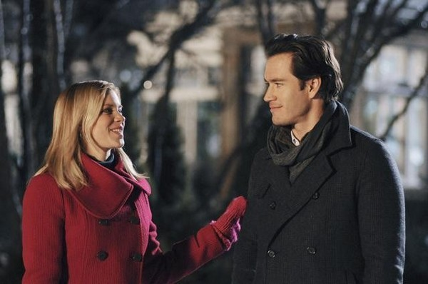 5 Wonderfully, Terrible Holiday Rom-Coms - The Palmetto Peaches - palmsinatl.com